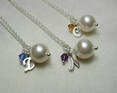 Bridesmaid Gift Bridesmaid Necklace Set of 3 Pearl Initial Necklace Personalized Bridesmaid Jewelry Gift Wedding Party Jewelry