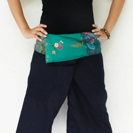 flowers and green sarong on waist and dark blue Cotton Thai Fisherman Capri Pants 2 Tone S-M
