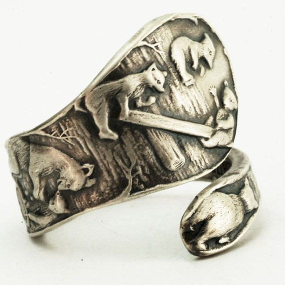Spoon Ring with Playing Bears and Bear Cubs in Sterling Silver, Handcrafted in Your Size (2507)