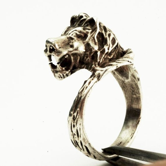 Vintage Lion Head and Tail Ring Sterling Silver Ring, Size 10  (V140)