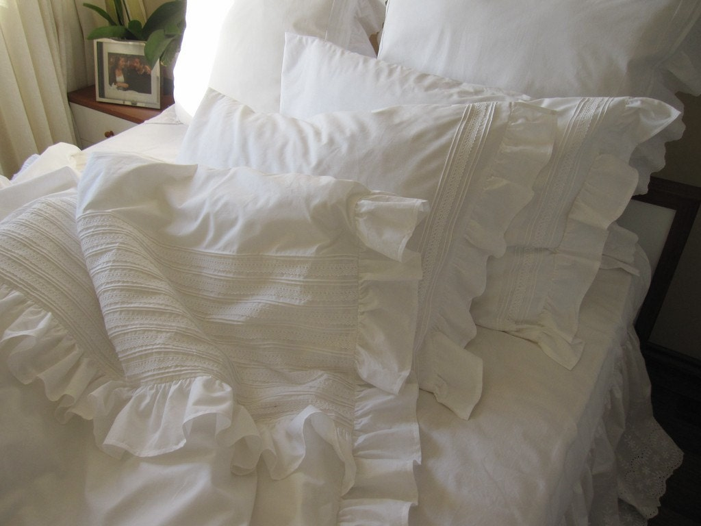 White Ruffle Bedding King