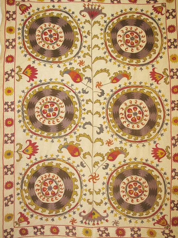 SALE Uzbek hand embroidered in silk Samarkand suzani