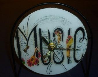 Music Recycled CD Clock Art