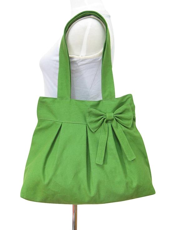 green cotton canvas tote bag / purse / shoulder bag / diaper bag, bow bag - zippered closure
