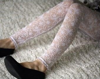 Snow white lace leggings