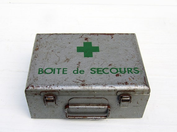 First aid box Vintage French
