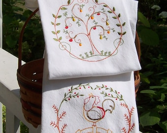 Country Living Set of 2 Tea Towels/Embroidered Kitchen Dish Towels /Embroidered Tea Towel/ Embroidered Kitchen Towel/ Embroidered Dish Towel