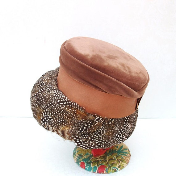1940s Ladies Hat   Feather Hats  Vintage Ladies Cloche  Fall Fashion Chapeau
