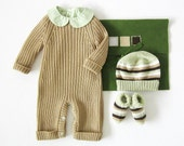 Knitted ribbed jumpsuit, hat and socks, in camel. 100% wool. Newborn. - tenderblue