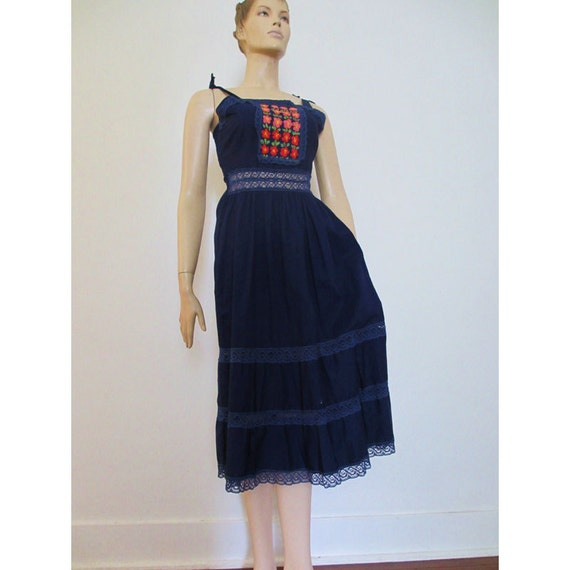 70s Vintage Mexican Embroidered Hippie Sundress medium