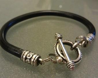 Brake Cable Toggle Clasp Bangle Bracelet - CBBLK02