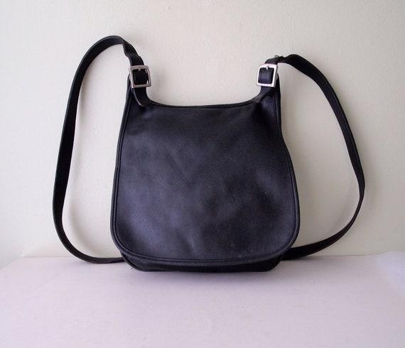 Vintage COACH Hippie Hobo Flap Shoulder Bag in Black 9135