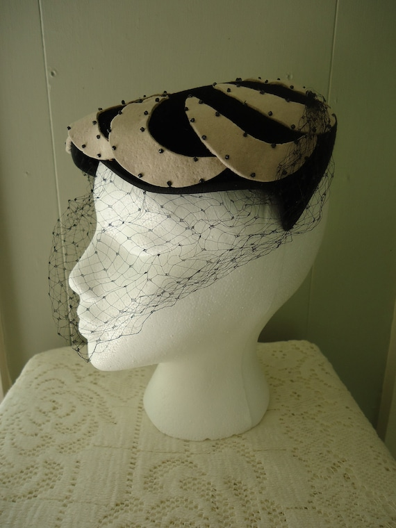 Reserved                      1940s hat / 40s fascinator / Black and Cream Tilt hat
