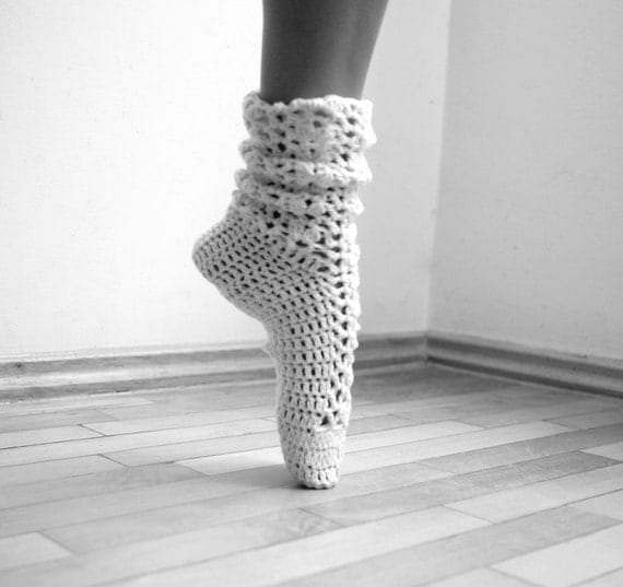 Woman Socks leg warmers lacy slippers PDF crochet pattern - DIY tutorial - dance, yoga, wedding, bride, fall winter