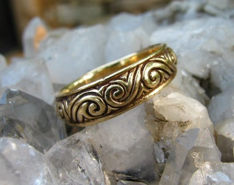 Swirls, Curls and Scrolls Ring or Wedding Band in 14k Gold, Wedding Nature Inspired,