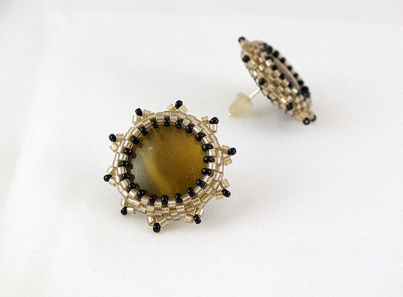 Honey brown beaded earstud ,vintage style, earrings with cabochon and delica ,beaded jewelry ,beadwork artisan ,jewellery