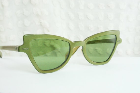 50s Cat Eye Sunglasses Olive Green Pearl Horn Rim by ...