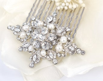 Vintage Romance - Vintage style Clear  Rhinestone and Freshwater Pearl Bridal Comb