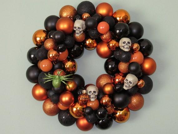HALLOWEEN SKULLS and SPIDER Ornament Wreath