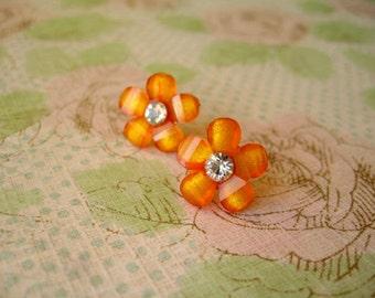 Sale Orange Flower Earring, Orange Earrings, Orange Resin Flower Earrings, Resin Flower Jewelry, Orange Jewelry, Flower earrings, Flower Je