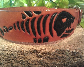 Fish bone carved leather dog collar
