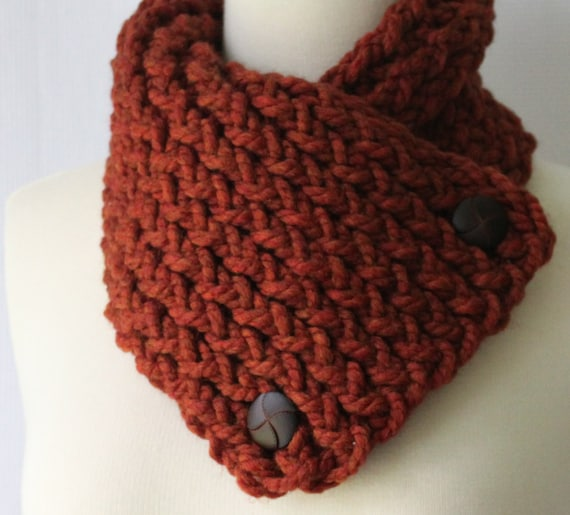 Short Scarf with Buttons, Spice Scarflette, Winter Scarf