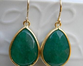 Emerald Green Earrings Trimmed in Gold-Dangle Earrings-Jewel Drop Earrings -Bridal-Wedding Jewelry-Accessory Women