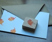 Autumn Leaf Stamp - annawilhelm