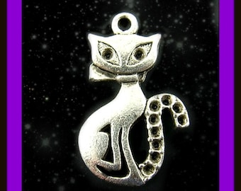Cat Charms  LOW SHIPPING ( 2 Pack)