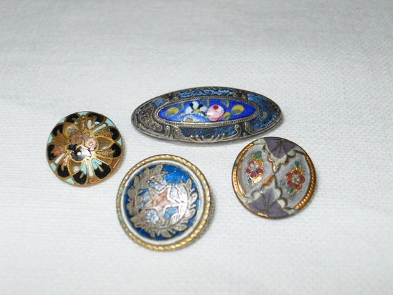 Enameled Victorian Buttons - 4