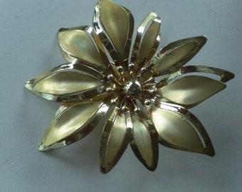 Vintage Huge Big Large Pin Brooch Gold Tone Flower 1960s Matte/Shiny Statement Piece
