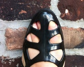 Vintage black cut out plastic jellies - 7