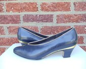 SALE Navy Blue Leather Pumps with Metallic Gold Trim & Hardware - Magdesians California - Heels - Round Toe - Size 9.5