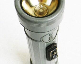Vintage Mid Century Scout Flashlight MX 993/U