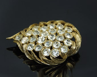 Vintage Emmons Rhinestone Brooch In Gold Tone Leaf Design