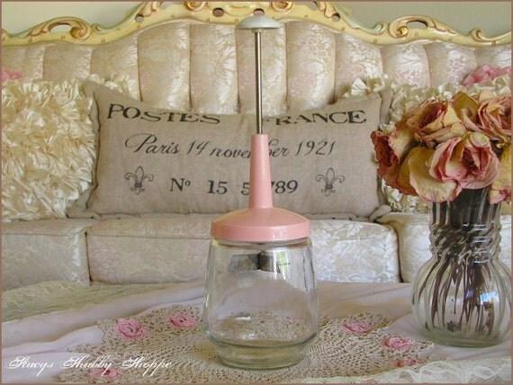 Charming Vintage Retro PINK NUT CHOPPER, Kitchen Chopper, Shabby Chic