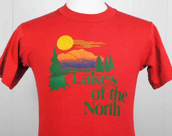 Vintage 1980's Lakes of the North T-Shirt - Michigan, Size S