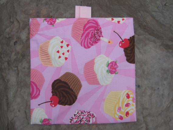 PROMOTIONAL--SALE-- One for 2.50- Reusable Sandwich Bag or Snack Bags- Cupcakes