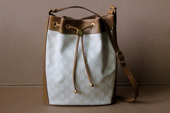 Vintage Authentic  GUCCI Leather Drawstring Handbag/ Tote