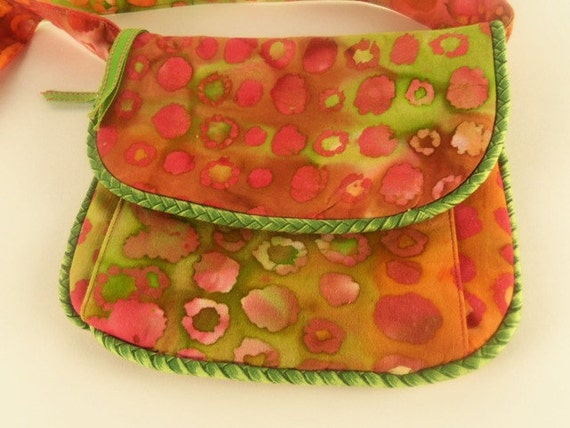 Crossover Shoulder Bag Purse - Bright Multi Colored - Travel Light - Lots of Pockets - CW051