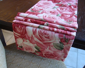 15X72 Decorative Red Roses Table Runner