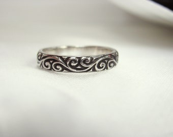 Personalised scroll filigree sterling silver ring, custom made, hand stamped message