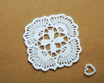 Square Floral - White - Lace Fabric Doily Trim - 2 Pcs
