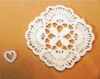 Square Floral - Cream - Lace Fabric Doily Trim - 2 Pcs