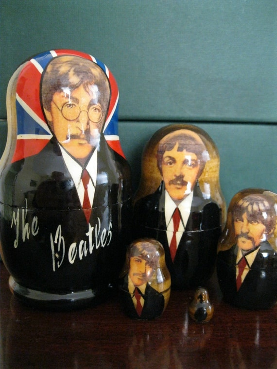 THE BEATLES -  set of 5 Russian Babushka Matryoshka nesting dolls in gift condition. Crafted in Russia