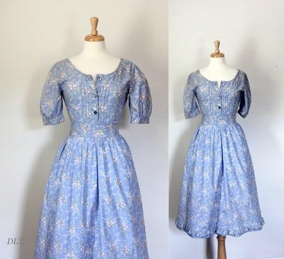 Laura Ashley Dress / Vintage 1970's Floral by DuncanLovesTess