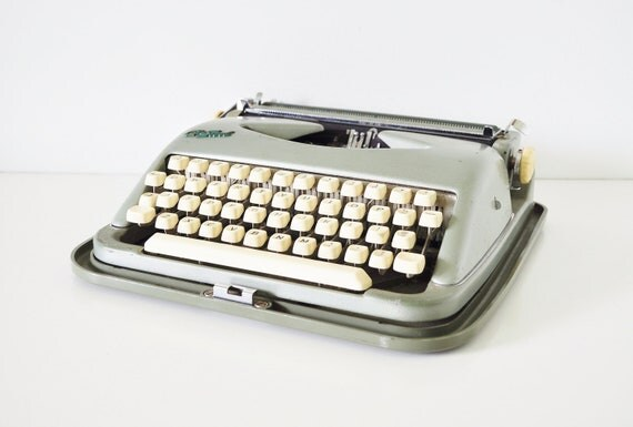 Vintage Typewriter - Green Cole Steel Portable Typewriter