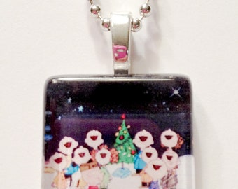 Oh Christmas Tree  Peanuts Gang Singing  Glass Tile Pendant/Necklace