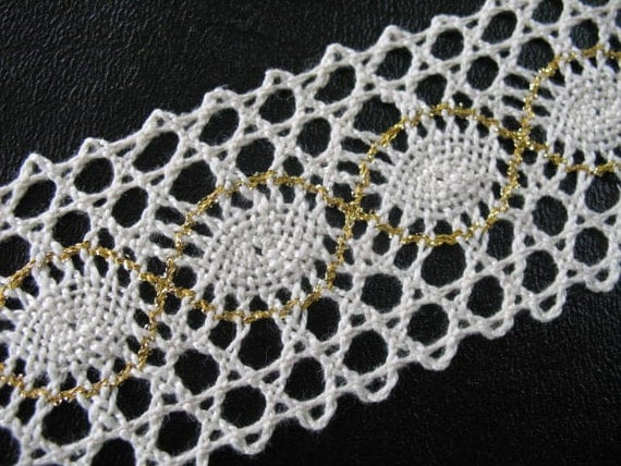 2 yard  Vintage IVORY GOLD CROCHET ribbon -