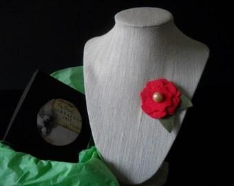 Red Felt flower Pin